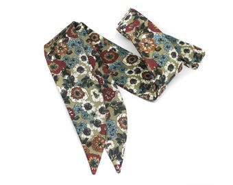 Handcrafted Multicoloured Floral necktie for women