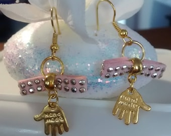Metal gold and pink earrings
