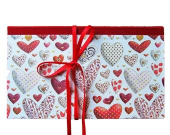 Card for vouchers and money gifts, 21 x 12.5 cm, with heart motif and ribbon