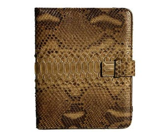 IPAD ® Oxford case, a touch of class for a daily tool.