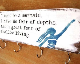 Key Holder for Wall, Housewarming Gift, Rustic Key Holder, Mermaid wood sign, Reclaimed wood Key Holder, entryway decor,Farmhouse Key Holder