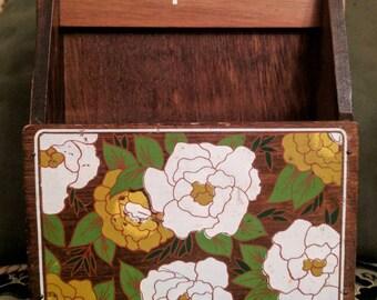 Vintage napkin holder floral