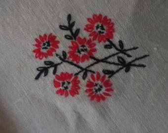Vintage Embroidered Table Linens with Matching Napkins