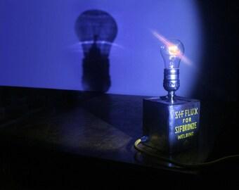 Sif Flux Lamp