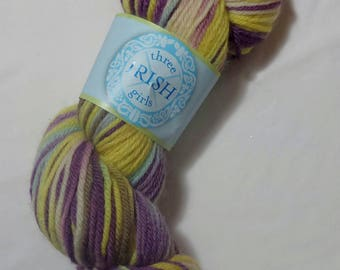 Three Irish Girls Guinevre Hand Dyed - Carys BFL - Wool Yarn 220 yards 3.5 oz, Wool Yarn, Knitting Yarn, Longies, Hand Knitting