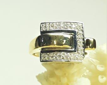 14 Karat 2 Tone Buckle Ring