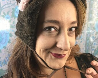Bear biggins (hat)