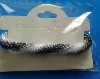 Cristal beaded crochet bracelet