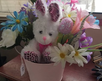 Easter / Spring floral arrangement