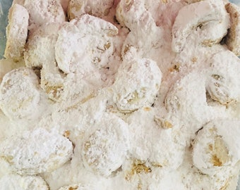 Kourambiedes Traditional Greek Almond Shortbread Cookies