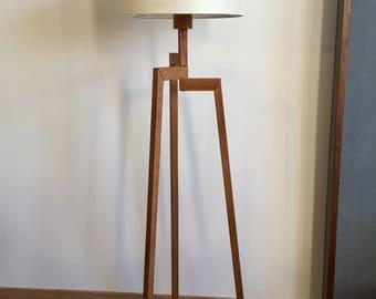 Floor lamp tre angle, oak