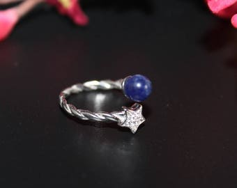 Ring in silver and lapis lazuli