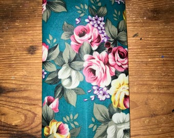 Reusable Beeswax Food Wrap Green Rose Floral Vintage Size Small 20cm x 20cm Environmntally Friendly Eco Natural Living