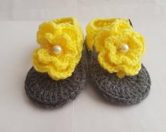 Crochet sandals for girls