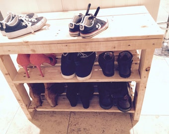 Reclaimed timber shoe rack