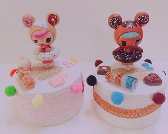 Decorated figurine base, decorated pedestal figurine / donutella / kawaii