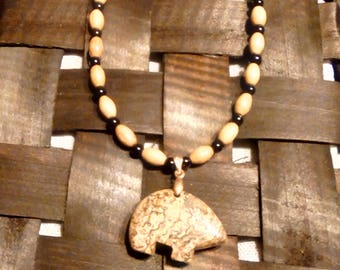 Wooded barrels necklace