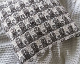 Handwoven alpaca cushion
