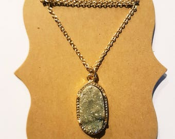 Natuaral Taupe Druzy Necklace