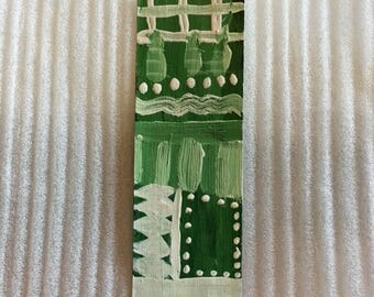 GreenWhite Bookmark