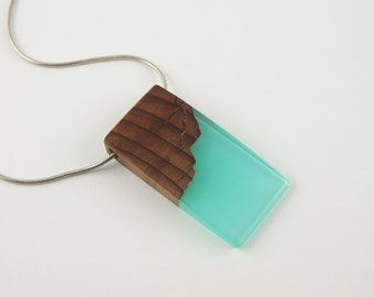Wood and Resin Necklace,Necklace Wood Resin,Wood Resin Pendant,Resin Wood Pendant,Unique gift,Handcrafted,Resin Jewelry,Resin pendant,Resin