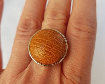ostrich leather ring, leather ring, Adjustable ring, ring ethnic chic, ethnic, brown leather ring, round ring, silver ring