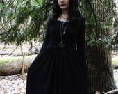 CUSTOM Basic Witch long-sleeved maxi dress | Organic & eco-friendly