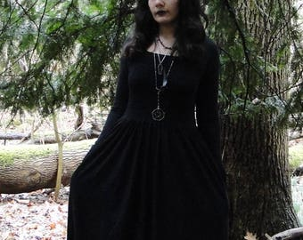 Basic Witch long-sleeved maxi dress