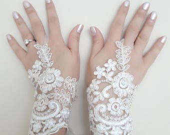 Wedding gloves, Ivory gloves, fingerless lace, bright gloves, belly dancer, beach wedding, prom