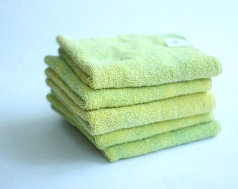Organic washcloth in Lime Green, color changing bathtime magic!
