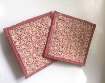 Simple Pot Holders--Small Roses