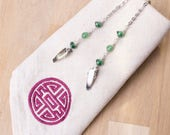 Adventurine napkin clip chain - Gemstone and green bead silver serviette lanyard | Elegant Napkin clips neck cord holder | Foodie gifts