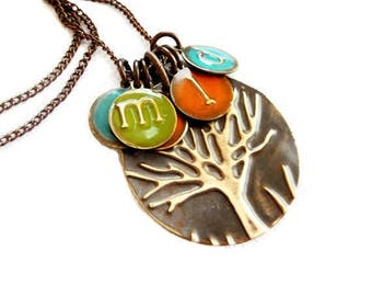 painted family tree necklace, boho personalized gift for her, necklace, initial handmade creative necklace, essential gift