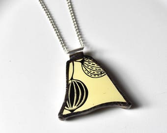 Broken China Jewelry Pendant - Yellow and Black Pyrex Gooseberry
