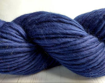 Super Chunky Merino Yarn - Bulky Knitting Yarn - Merino Wool Yarn - Pencil Roving - Midnight Blue, Navy Blue, Dark Blue - 200g