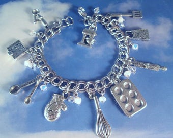 Baker Charm Bracelet Mixer Food Baker Kitchen Grater Spatula Oven Mitt Baking Recipes Cooking Pan Whisk Measuring Spoons Mixer Silver Pewter