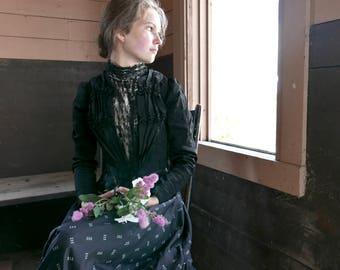 Victorian Black Silk Bodice Size 0