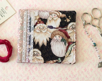 Christmas Santas Needle Case Holiday Pin Keep