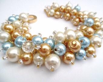 Set of 9 Pearl Bridesmaid Bracelets, Bridesmaid Jewelry, Custom Colours, Cluster Bracelet, Pearl Beaded Bracelet, Ivory Pearl Wedding Sets
