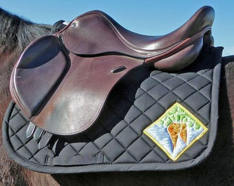 Be Alive! Black English Saddle Pad for All Purpose Saddles from The 24 Carrot Collection CA-74