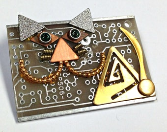 Recycled Circuit Board Cheshire CAT Brooch Vintage Metal CB230B