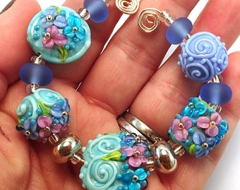 Cape Cod Island Blue Floral Bead Set