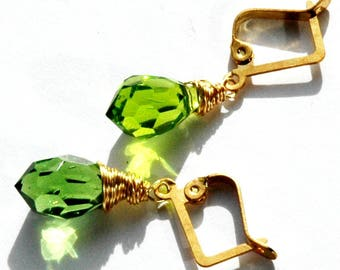 Gold Green Crystal Earrings / Green Gold Bridal Earrings / Gold Wire Wrapped Earrings with Chartreuse Green Faceted Crystals