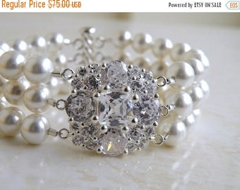 Summer Sale Bridal Bracelet Pearl Cushion CZ Silver 3 Strand Brooch IB2