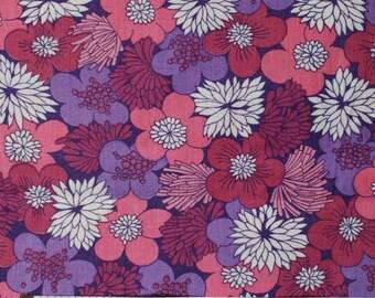 Seventies vintage floral fabric - 130x35 cm.