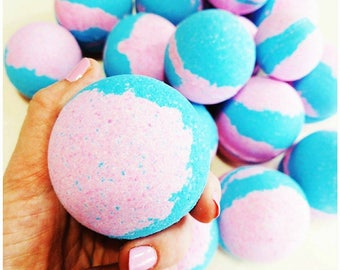 Mom Gift. Bath Bomb. Mothers Day gift. Gift for Mom. Gift for Her. COTTON CANDY SKIES Bath Bombs. Mom Birthday Gift. Best Friend. Mom Time