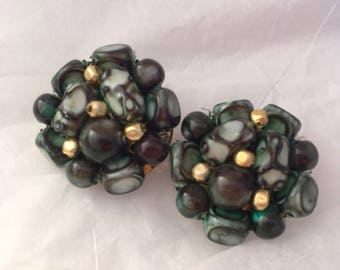 Blue green aqua seaweed color mid century beaded cluster clip on earrings from Hong Kong 1950s
