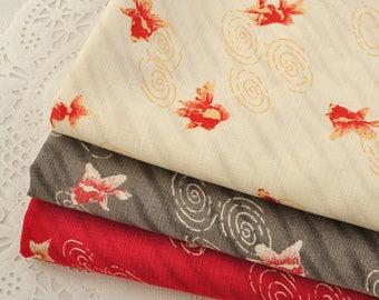 4725 - Japanese Goldfish Slubbed Cotton Fabric - 43 Inch (Width) x 1/2 Yard (Length)