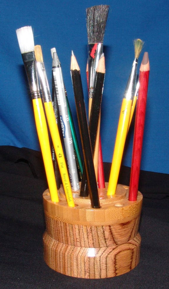 21 Brush/Pencil Holder – Brush Gizzy – Laminated Mahogany and Bamboo 22-17