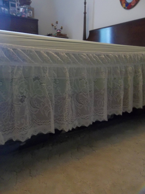 Ruffled Lace Bed Skirt Queen Bed Skirt ADJUSTABLE Ivory Lace Dust Ruffle Lace Bedding Vintage French Country Prairie Style